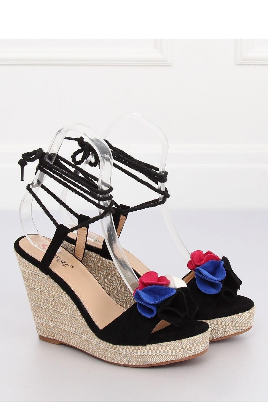 b5cafc1ae18c Sandále na opätkoch model 128364 Inello Dámská móda